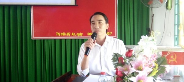 Ông Hồ Phú Trường - Phó Trưởng phòng Phòng GD&ĐT phát biểu chỉ đạo trong Hội nghị